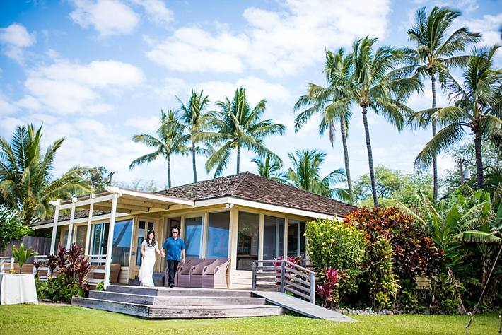 white orchid wedding beach house wedding photographer maui_0013