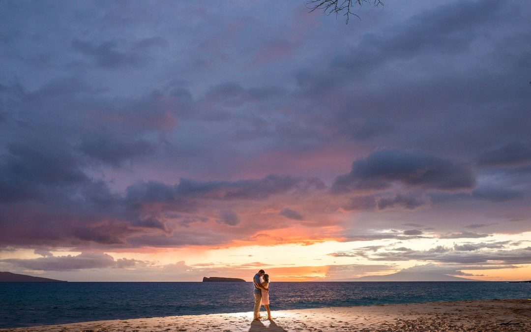 Should you Choose a SUNSET Maui Photography Session?
