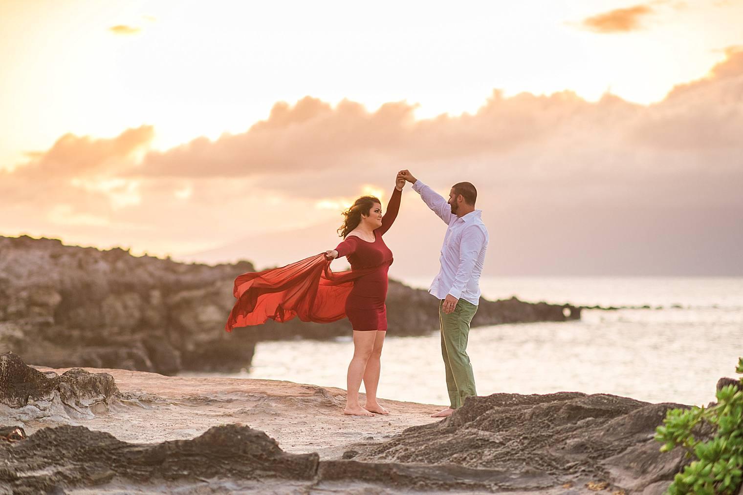 Gorgeous Anniversary Photos in Maui, Hawaii_0014