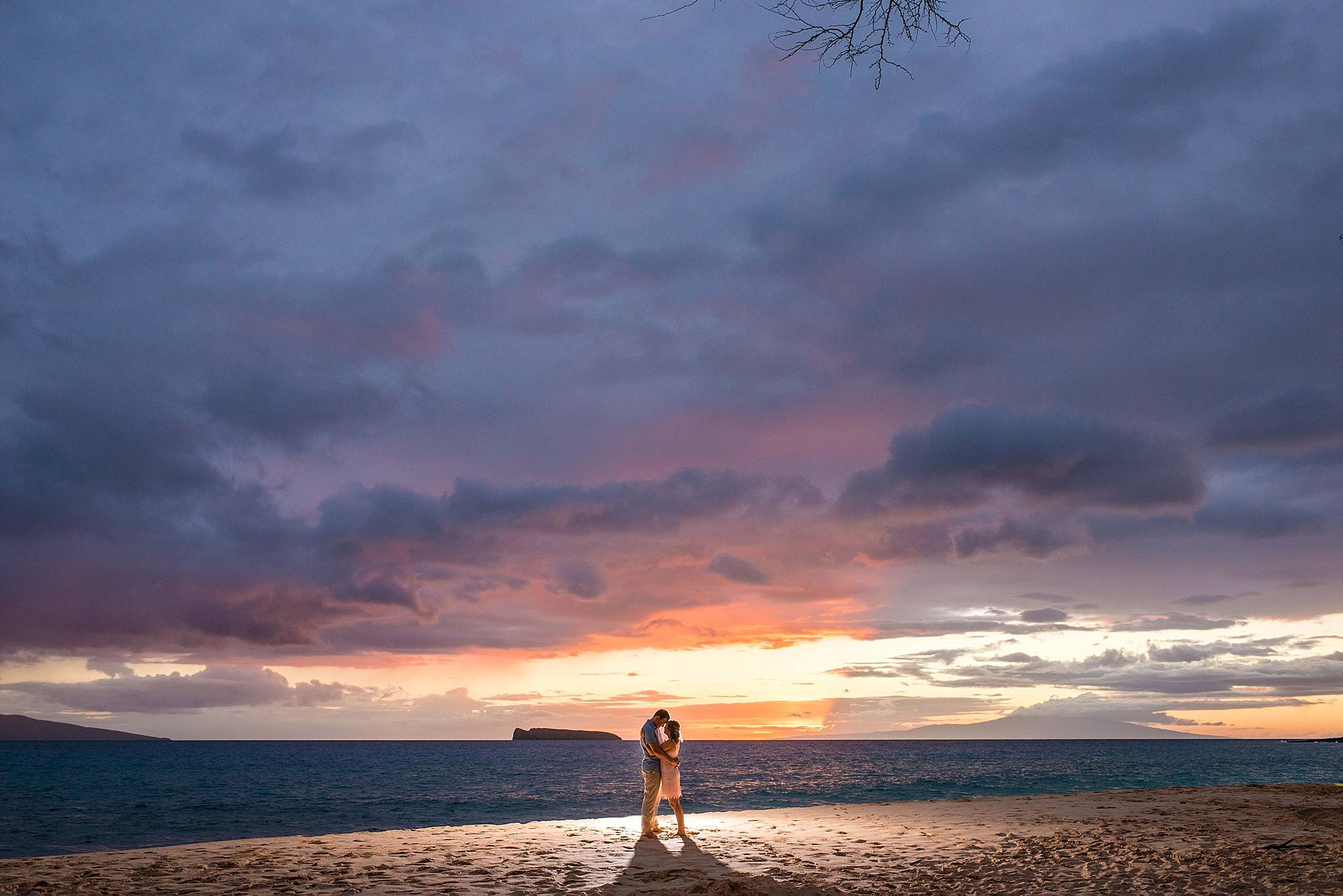 epic sunset during engagement photoshoot in maui, hawaii