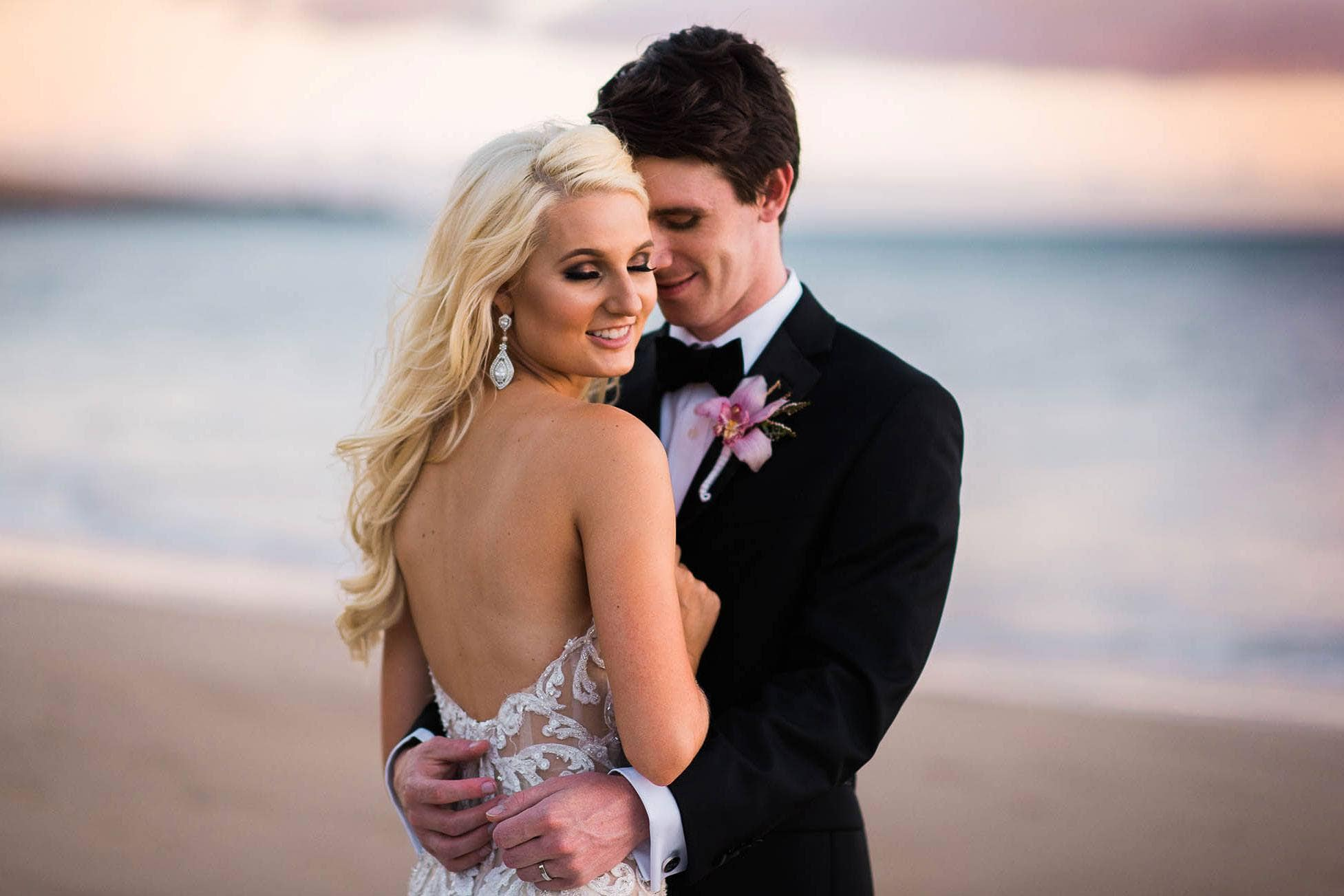 High-end-bride-and-groom-on-a-beach-in-maui