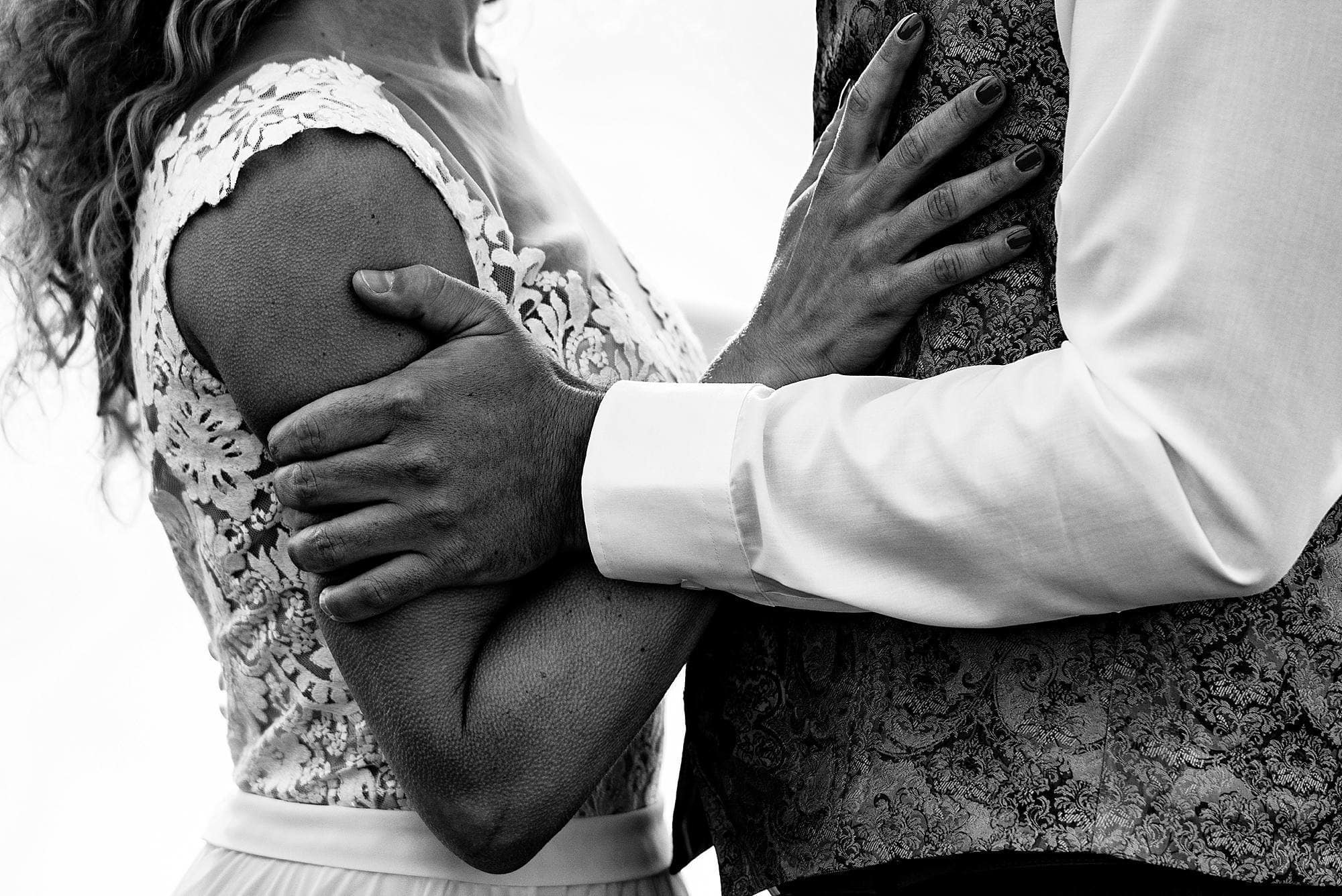 goosebumps on arms during wedding ceremony