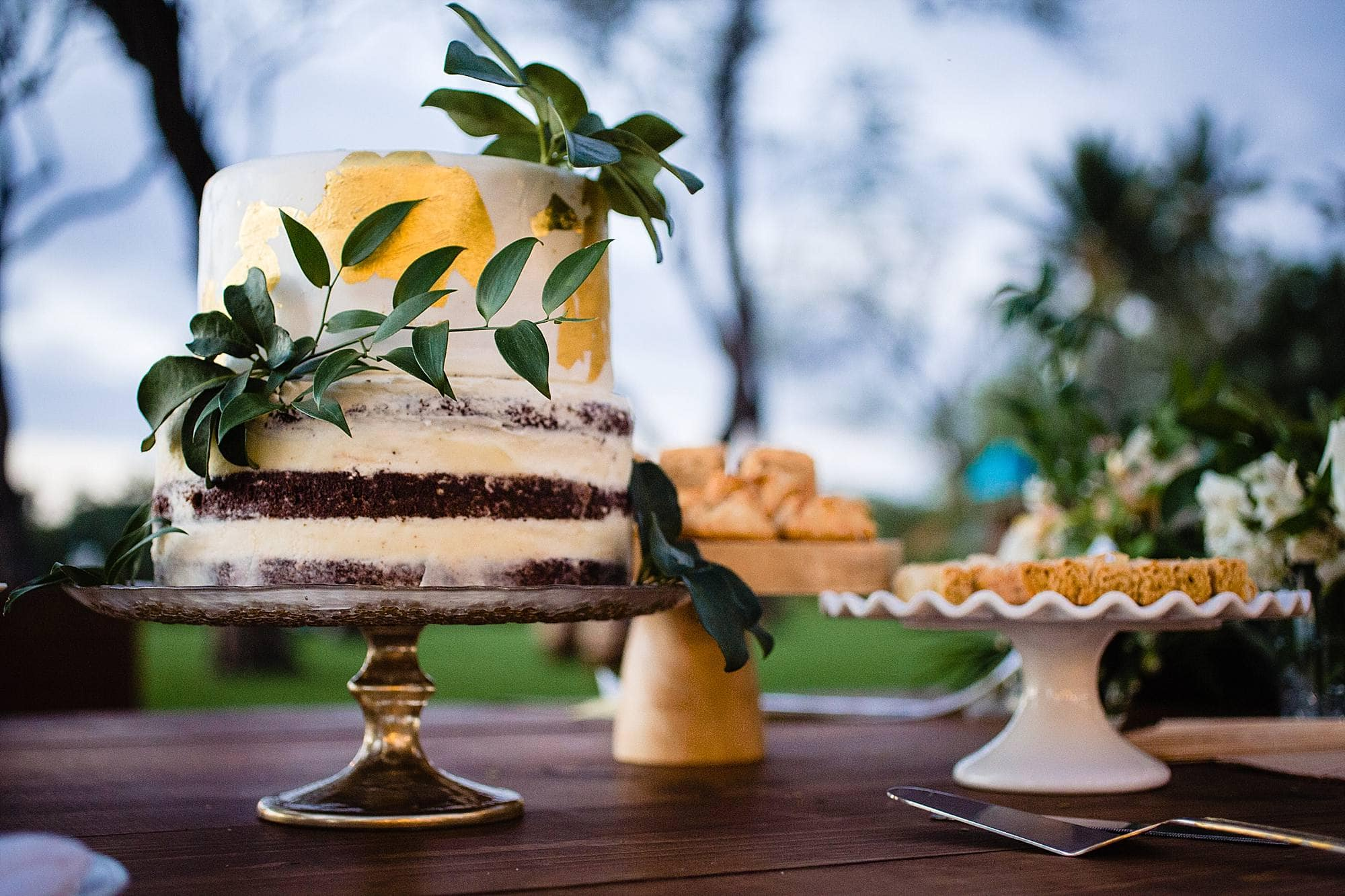 wedding cake with gold accents - maui wedding cake