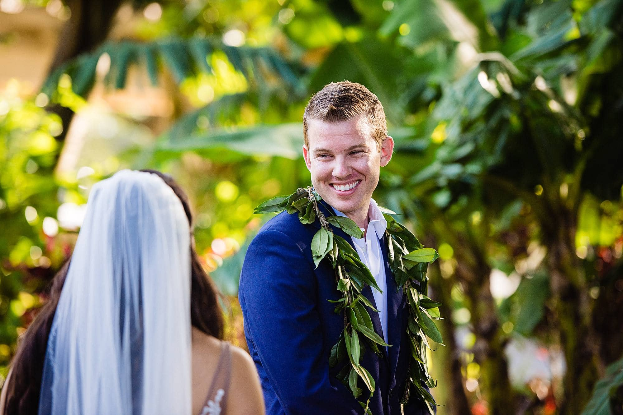 groom's reaction to seeing his bride at ritz carlton kapalua