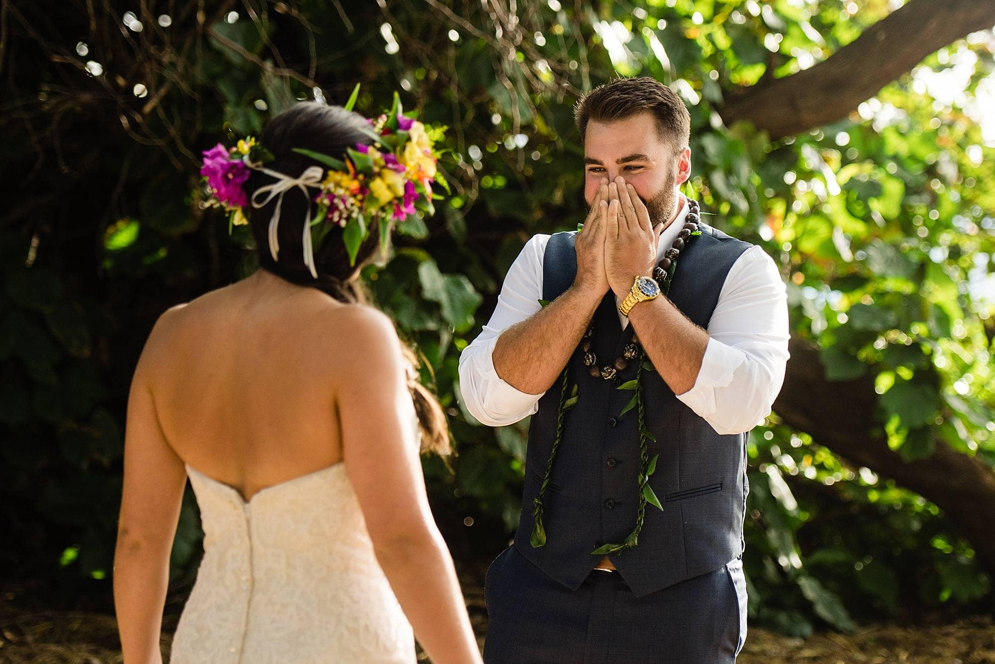 groom's reaction for first look